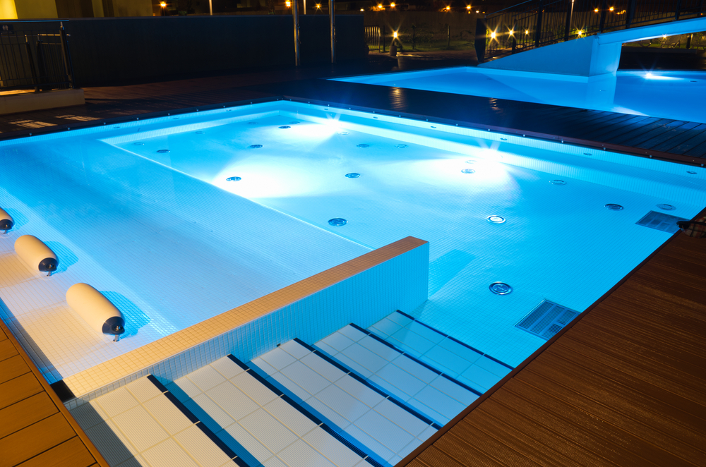 Spas hydrotherapy pools plunge pools tropical pools for Design pool klein